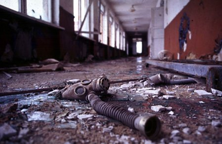 Chernobyl-Today-A-Creepy-Story-told-in-Pictures-school1